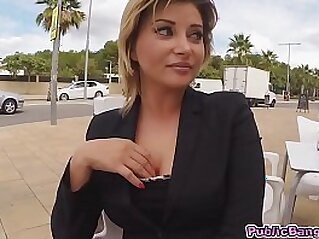 Anna do anal fucking for some easy seduced with money