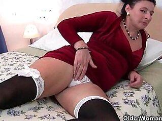 jav  mature  ,  MILF  ,  stockings   porn movies