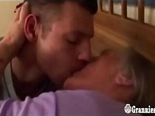 jav  mom  ,  old   porn movies